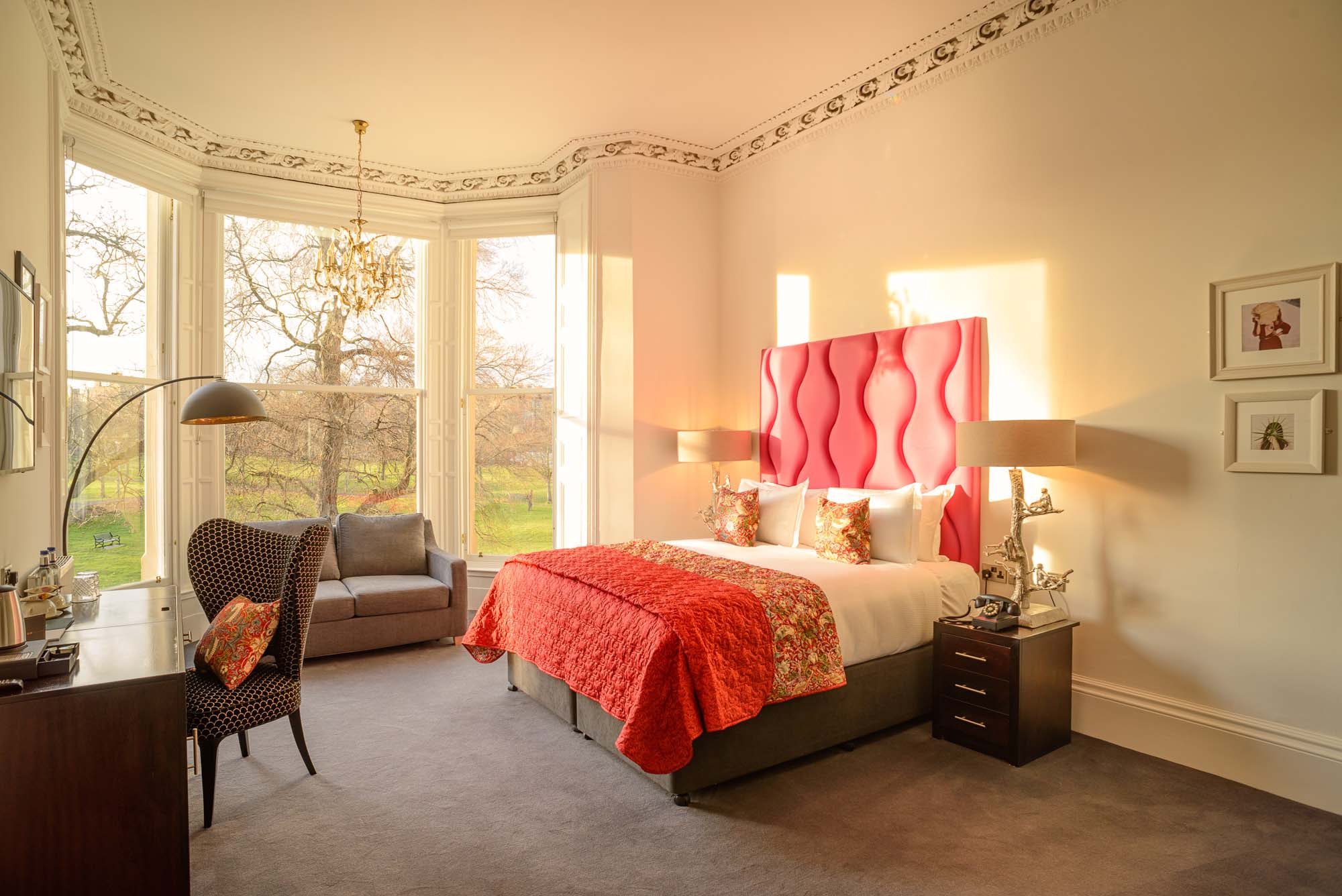 black ivy park view suite bedroom